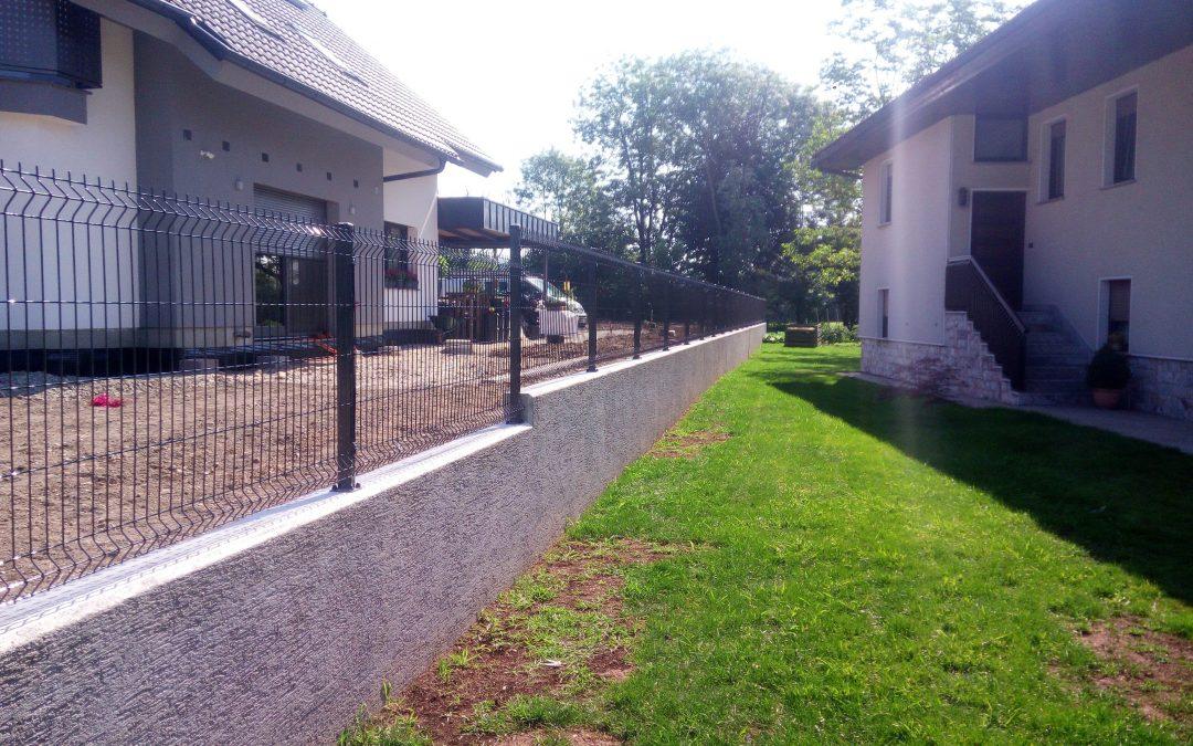 Montaža panelne ograje