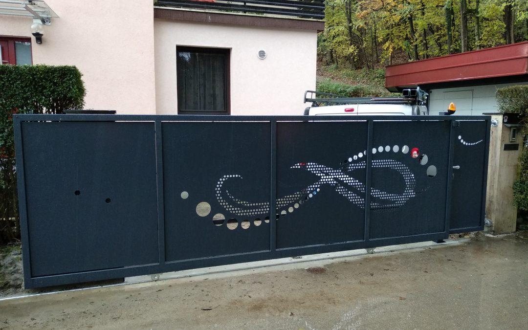 Montaža drsnih vrat in osebnega prehoda