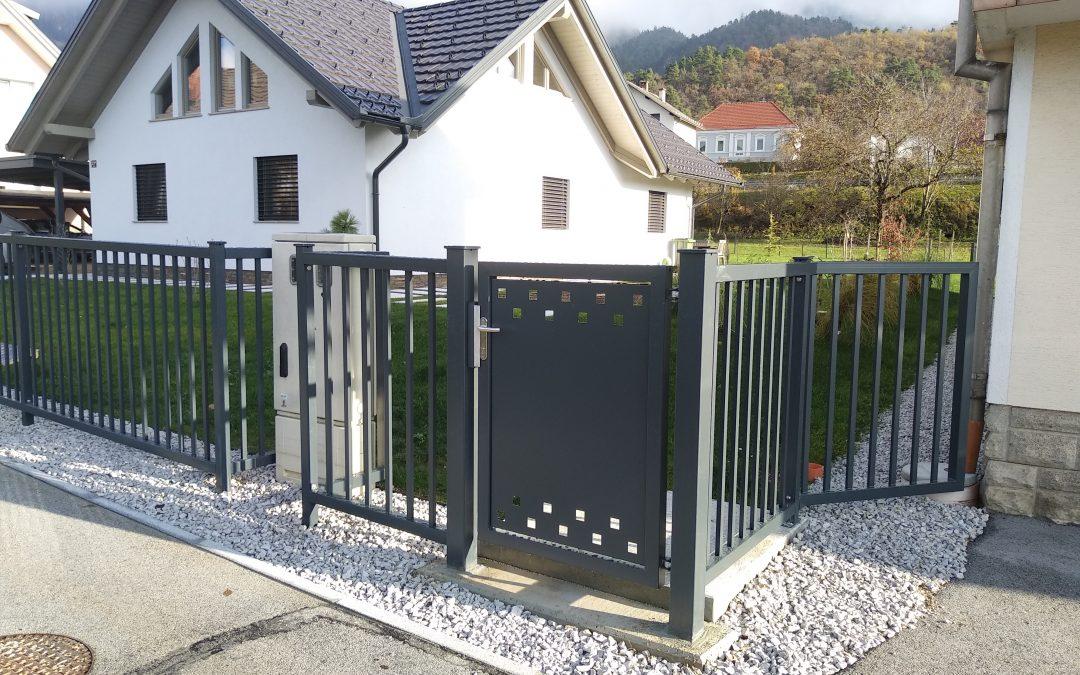 Montaža osebnega prehoda in ograjnih elementov