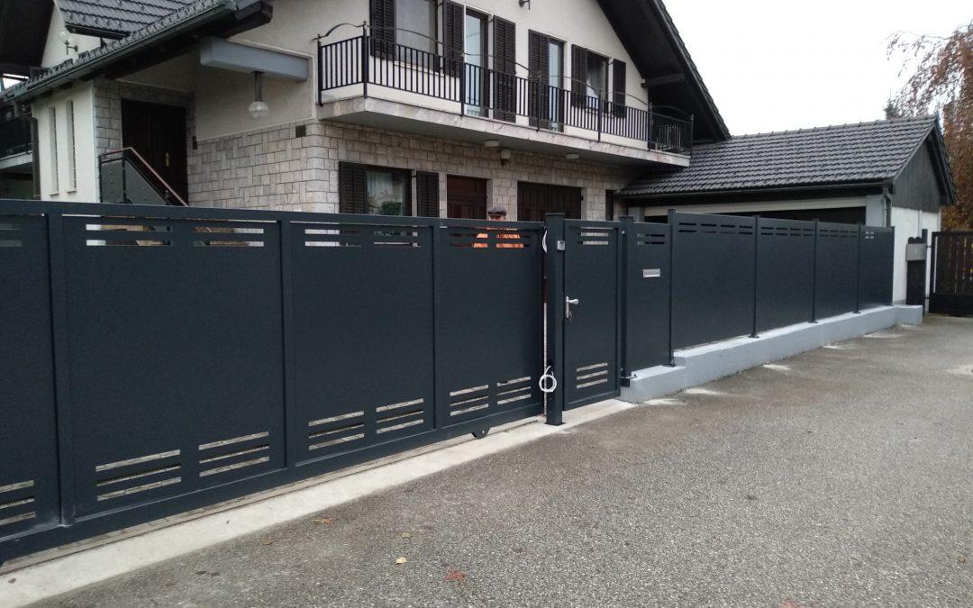 Montaža drsnih vrat in ograjnih elementov za podjetje Palisada d.o.o.